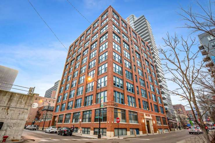 124 W Polk St. Unit 605