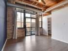 1259 N Wood St Unit 204 living room