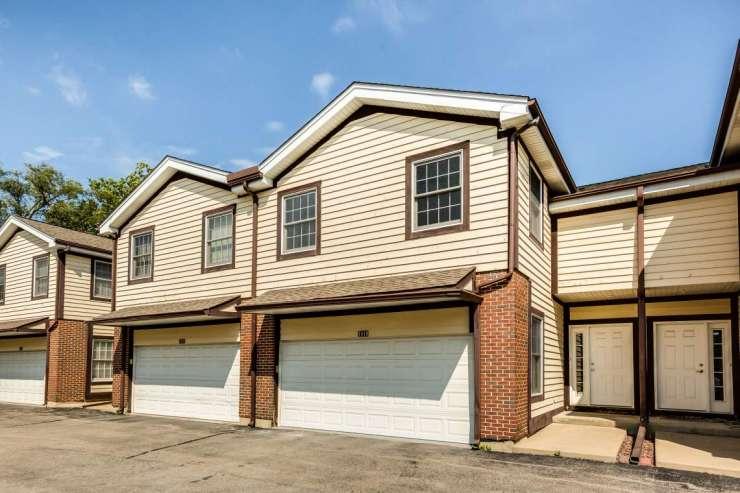 1819 Monroe Ct, Glenview, IL 60025
