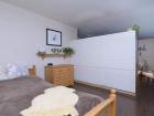 5757 N Sheridan Bedroom/living room