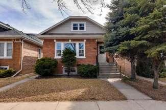 6151 W Cornelia Ave, Chicago, IL 60634