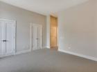 725 N Aberdeen bedroom
